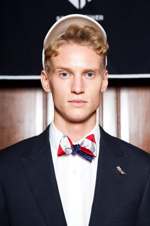 Social Primer Alpha Reversible Bow Tie